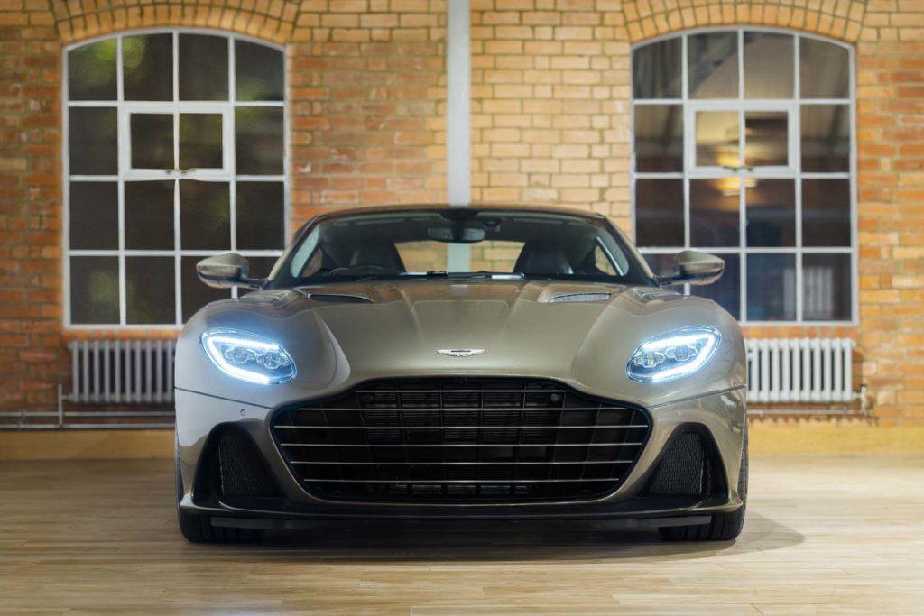 Aston Martin DBS Superleggera OHMSS Hyperluxe
